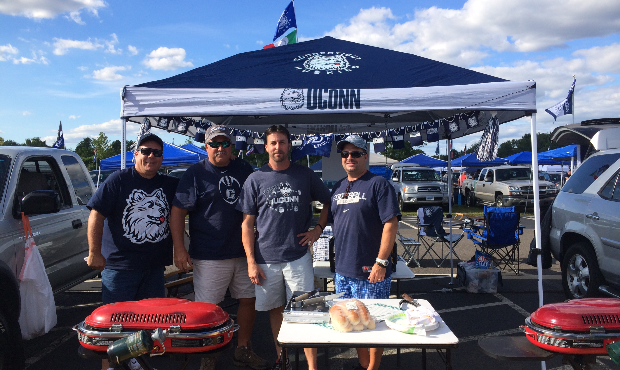 Tailgate in UCONN